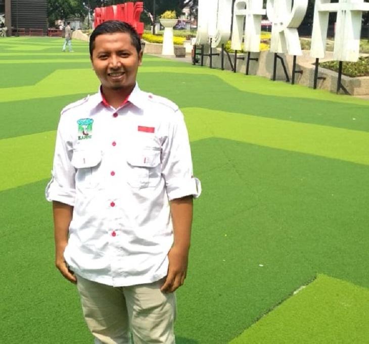 Ketua Kesatuan Aksi Mahasiswa Muslim Indonesia (KAMMI) Karawang, Ahmad Nopian