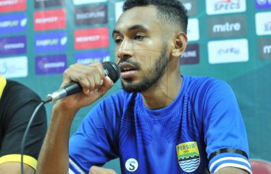 Pemain Persib Bandung Julius Josel (ist)