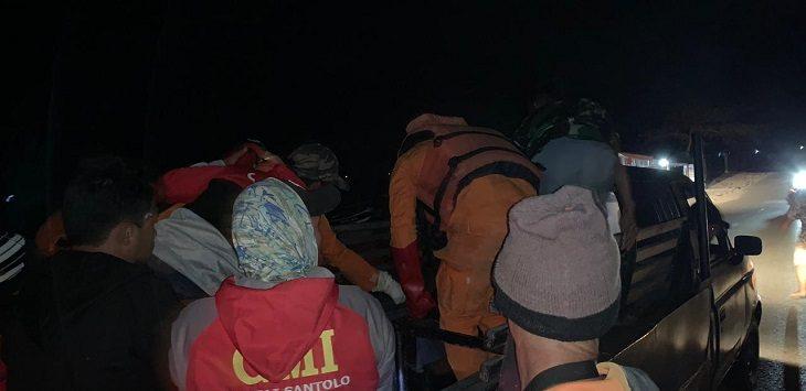 Pencarian korban tenggelam di Pantai Santolo Garut./Foto: Istimewa