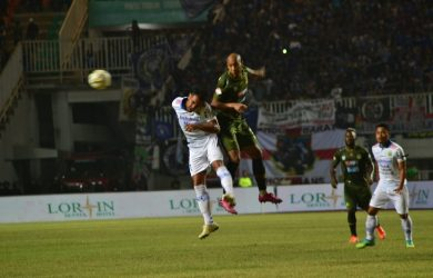 Persib VS PS Tira-Persikabo