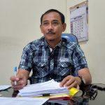 Kepala Bidang Mutasi dan Kepangkatan pada Badan Kepegawaian dan Pengembangan Sumber Daya Manusia (BKPSDM) Kabupaten Cirebon, Sri Darmanto saat memberikan keterangan kepada wartawan. Ghofar/pojokjabar