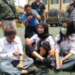 Tiga siswi cantik asal Citeureup Kabupaten Bogor yang diamankan polisi karena ingin ikut demo ke Jakarta (adi)