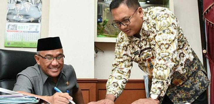 Walikota Depok, Mohammad Idris bersama Wakil Walikota Depok, Pradi Supriatna.