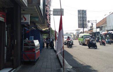 Warga-Kota-Bogor-Kibarkan-Bendera-Setengah-Tiang-2