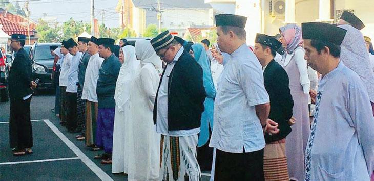ASN dilingkungan Pemerintah Kota Sukabumi saat memperingati hari santri pada 2018 silam.