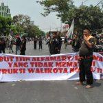 Aliansi Ormas Demo, Minta Pengelolaan Parkir Mini Market di Seluruh Kota Bekasi