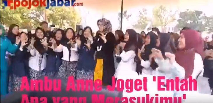 Bupati Purwakarta Ambu Anne joget 'Entah Apa yang Merasukimu'./Foto: Istimewa