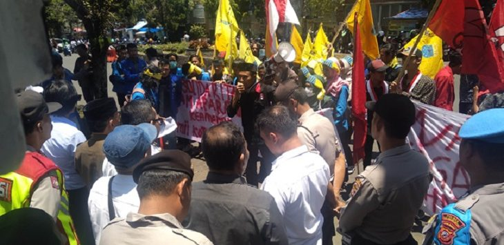 Demo mahasiswa Sukabumi./Foto: Rmol