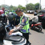Ops Zebra Lodaya di Jalan Raya Bogor-Jakarta (cek)