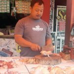 Pedagang-daging-ayam