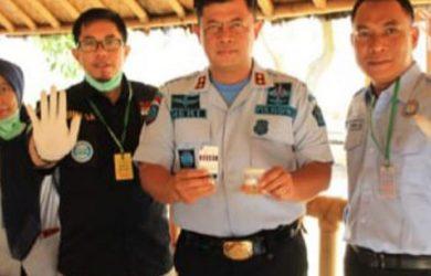 Pegawai-Rutan-Bandung-Dites-Urinen