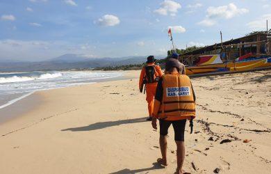 Pencarian nelayan hilang di Perairan Santolo Garut (ist)