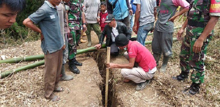 Retakan Tanah Melebar di Cikajang Kabupaten Garut./Foto: Rmol