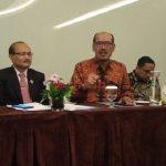 Sekretaris Direktorat Jenderal PAUD dan DIKMAS, Wartanto(batik coklat)