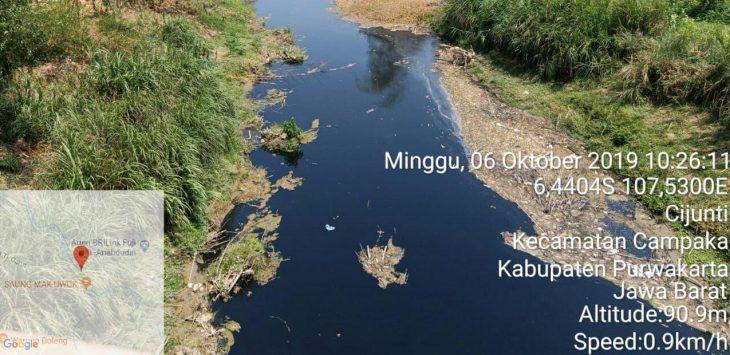 Kondisi terakhir sungai cilamaya tampak hitam diduga akibat tercemar limbah-limbah industri, yang limbahnya dibuang ke sungai cilamaya.