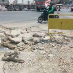 Kerusakan drainase di Simpang Gemalapik, Cikarang Selatan. (Agus utk pojokbekasi.com)