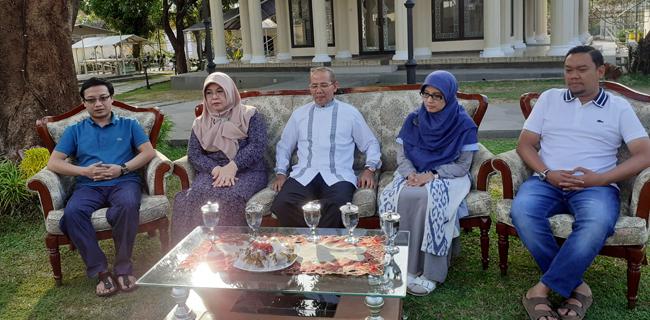 Bupati Majalengka Karna Sobahi menanggapi kasus penembakan oleh anaknya (ist)