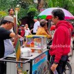 Demo Buruh Bikin Pedagang Senang