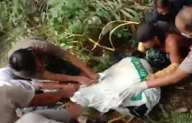 Evakuasi penemuan mayat di Bogor