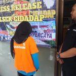 Guru honorer SD yang ditangkap polisi karena menipu ortu siswa (arf)