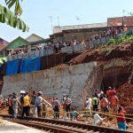 Longsor-di-Proyek-Double-Track-KA-Bogor-Sukabumi-3