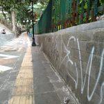 Pedestrian Jalan Jalak Harupat yang dicorat coret atau aksi vandalisme (adi)