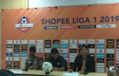 Pelatih Tira Persikabo Rahmad Darmawan (cek)