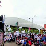 Ratusan Anggota FPSMI Bekasi Kawal Penetapan UMK 2020