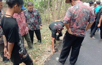 Sidak Kualitas Proyek Jalan Oleh DPRD Pangandaran