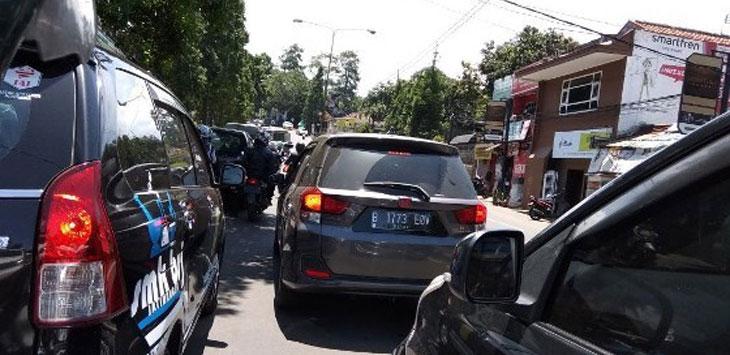 Arus lalu lintas Bandung Lembang jelang libur tahun baru dan natal, kembali diperkirakan macet.