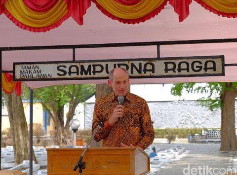 Dubes Belanda ketika di Rawagede Kabupaten Karawang (dtc)