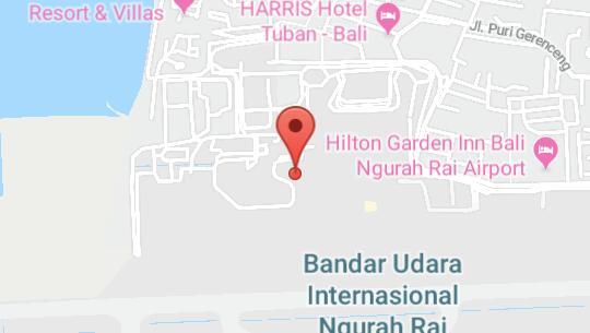 Salah satu anggota dewan saat memberikan lokasi kedatangan di bali, tepatnya di bandara Ngurah Rai saat melakukan kunjungan kerja.