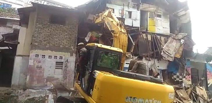 Pemkot Bandung Lakukan Penertiban Rumah Warga di Lokasi Rumah Deret