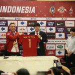Pelatih Timnas Indonesia asal Korsel Shin Tae Yong di Stadion Pakansari (ist)