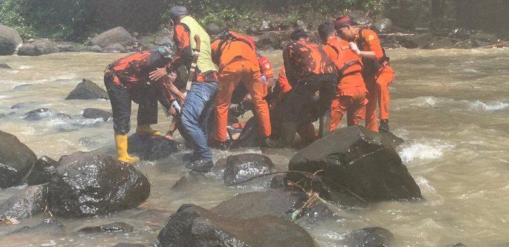 Pencarian korban tenggekam di Bandung Barat./Foto: Istimewa