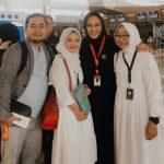 Bupati Karawang Cellica bersama keluarga berangkat umroh ke Mekkah (ist)