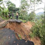 Salah satu lokasi longsor di Kecamatan Sukajaya Kabupaten Bogor (cek)
