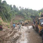 Kondisi longsor jalan di salah satu desa di Kecamatan Sukajaya Bogor (ist)