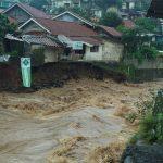 Longsor-di-Sempur-Bogor