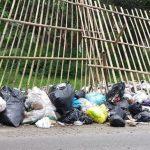 Spot penyimpanan sampah sementara di Jalan Kolonel Masturi Lembang