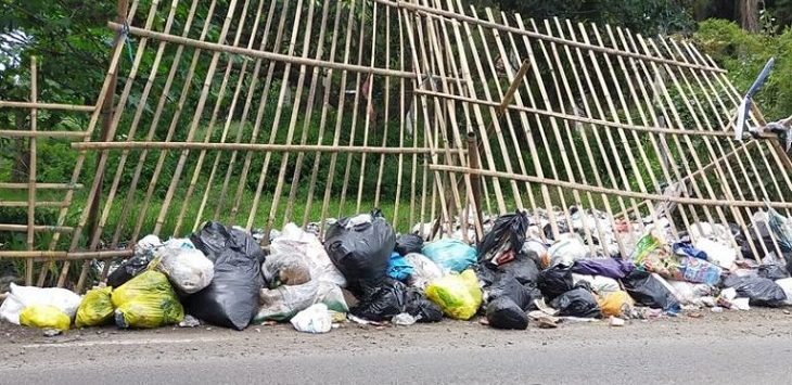 Spot penyimpanan sampah sementara di Jalan Kolonel Masturi Lembang./Foto: Rmol