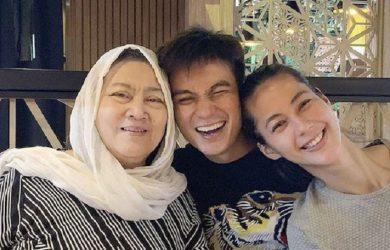 Momen kebersamaan Baim Wong bersama ibunya