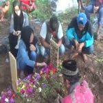 Pemakaman Anjanii Bee