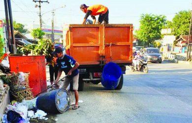 Sampah di Purwakarta