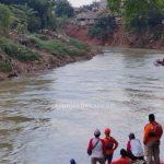 Bersihkan Sampah di Kali Bekasi, Seorang Warga Tenggelam