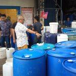Polisi Gerebek Pabrik Hand Sanitizer di Cikarang