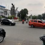 Kendaraan lalulalang