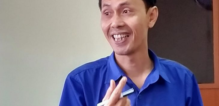Kepala RRI Cirebon Bambang Dwiyana. Dede