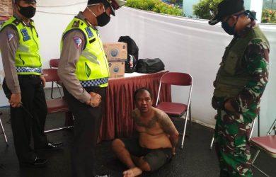 Maling motor yang ditangkap petugas di Ciawi saat PSBB (ist)