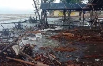 Banjir Rob di Karawang